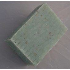 Scrub Soap with oat, sea algae and apricot seed powder
